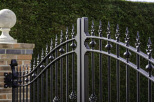 electric entrance gates in sussex min orig